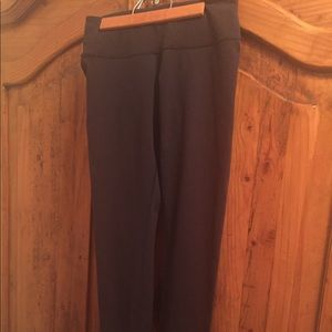 Lululemon size 6 long skinny black yoga pants
